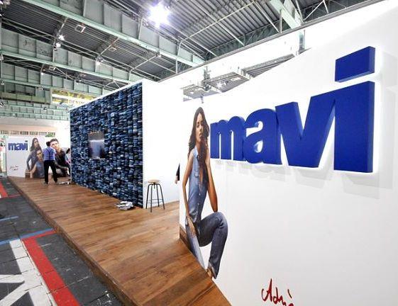 Mavi принимала участие в выставке модной одежды Bread & Butter, проходящей в Берлине летом 2012 года.